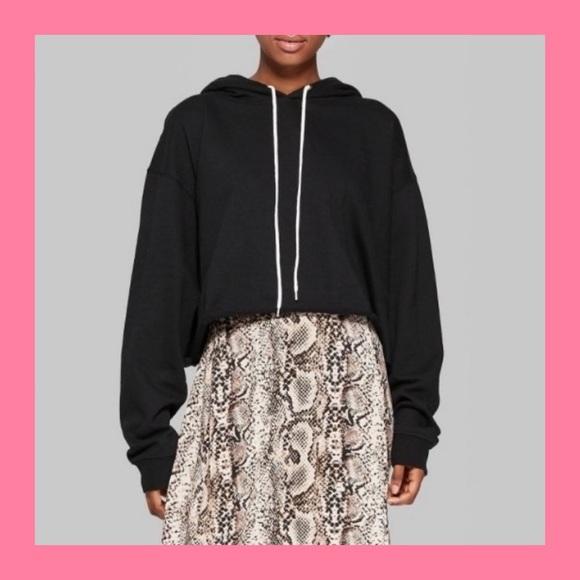 WILD FABLE Black Cropped Hoodie Sweatshirt M NWT